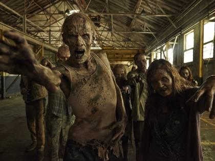 Fan di The Walking Dead uccide l'amico per non farlo trasformare in zombie