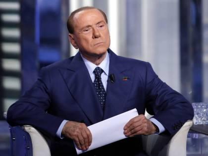 Sondaggi, balzo di Forza Italia. Ora il centrodestra è al 32%