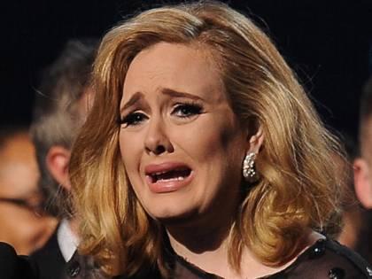 Adele stecca ai Grammy