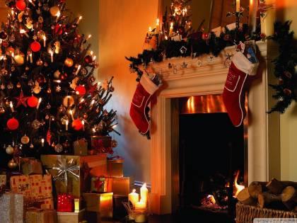 Cinque consigli per risparmiare su luce e gas in bolletta a Natale