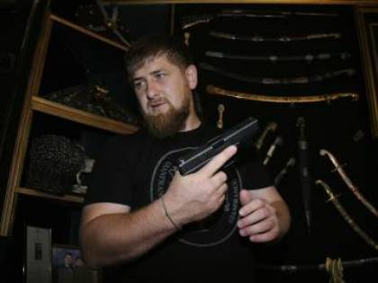 """Uomo decapitato dall'Isis era ceceno. Kadyrov: """"Ci vendicheremo"""""""