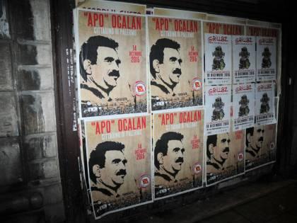 """Palermo, quando Sel """"premia"""" Ocalan e il terrorismo del Pkk"""