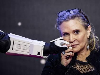 Star Wars: Carrie Fisher contro chi la deride per l'età