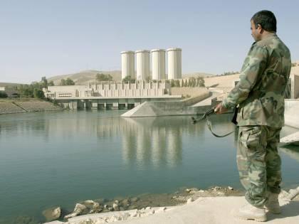 È una diga l'ultima trincea dell'Isis