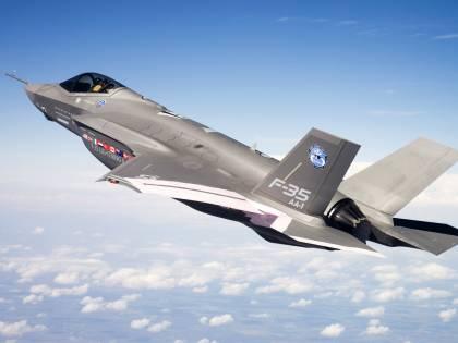"""Il generale dell'Aeronautica: """"Almeno 20 anni  per il nuovo caccia europeo"""""""