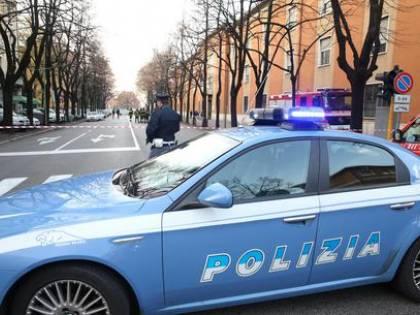 Forlì, anziano offre lavoro a romena. Viene derubato e minacciato