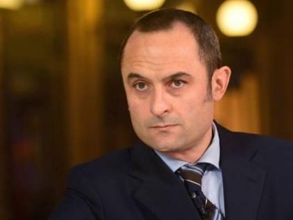 Si dimette il ministro Costa
