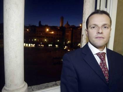 Morte David Rossi, festini hard e insabbiamento. La procura archivia l'inchiesta