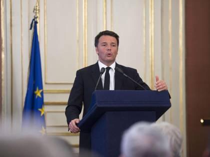 """L'ultima promessa di Renzi: """"Ora banda larga ovunque"""""""