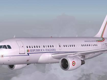 I pm salgono a bordo dell'Air Force Renzi