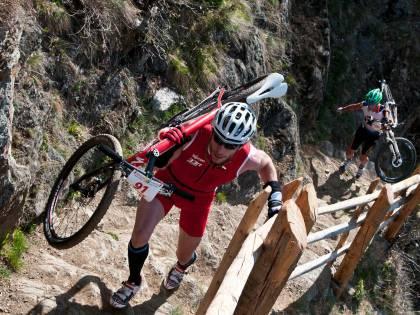 Triathlon alpino estremo, parte la grande sfida della Ötzi Alpin Marathon