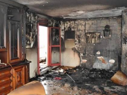 Non accetta lo sfratto: incendia la proprietaria