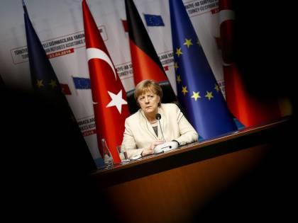 Sei europeo ma non tedesco? La Merkel ti esclude dal welfare