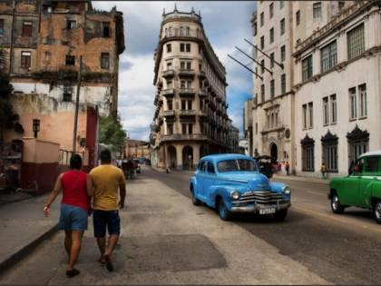 Steve McCurry usa Photoshop? L'errore in bella mostra a Torino