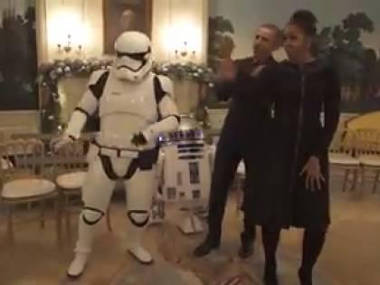 Star Wars Day, Michelle e Barack si scatenano con le guardie imperiali
