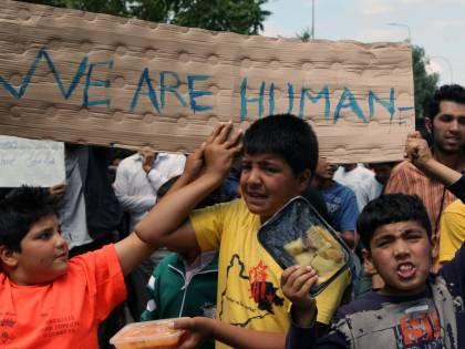 """Campi profughi, rapporto choc: """"Sempre più violenze su bimbi"""""""