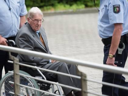 Ex guardia di Auschwitz condannata a 5 anni