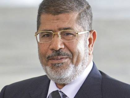 Morsi condannato all'ergastolo per spionaggio