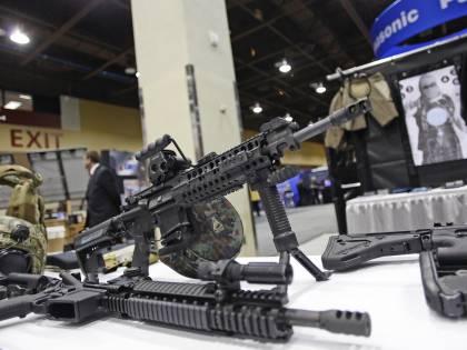 Stati Uniti, un fucile in regalo per ogni automobile acquistata
