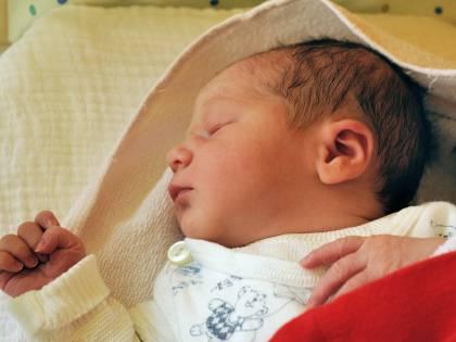 Venezia, neonata chiusa in un sacchetto e gettata nell'immondizia