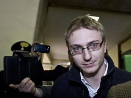 Alberto Stasi, da killer di Chiara a centralinista in carcere a 1000 euro