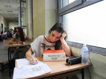 Mamme in lotta per far avere meno compiti ai figli