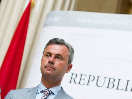 """""""L'Austria non lasci l'Ue"""": l'ultima giravolta dei nazionalisti"""