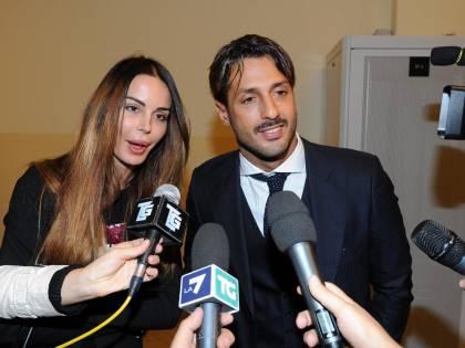 Nina Moric e Fabrizio Corona insieme dai prof di Carlos