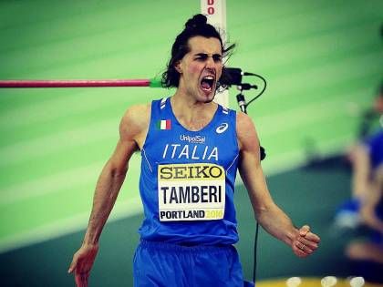 Tamberi vince l'oro nel salto in alto maschile agli Europei