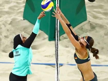 A Rio la sfida è nel Beach volley: il velo egiziano e il bikini tedesco