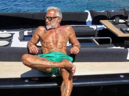 Gianluca Vacchi lasciato fuori dal Billionaire