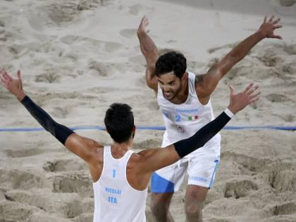 Olimpiadi, beach volley: Lupo dal tumore sconfitto alla finale per l'oro