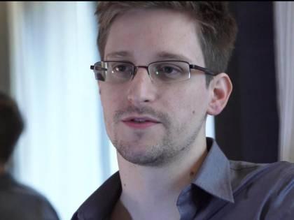 """Snowden accusa gli States: """"Bombardano i tunnel che hanno costruito"""""""