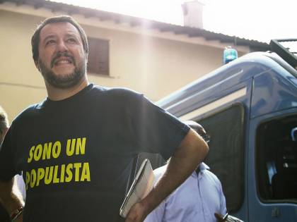 """""""Senza Castro c'è un dittatore in meno"""". Lega e Forza Italia contro i """"santificatori"""" di Fidel"""