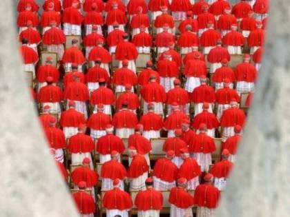 Vaticano, McCarrick rischia la riduzione allo stato laicale
