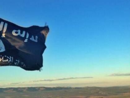 """Tribunale svedese: """"Esporre bandiera dell'Isis non è incitamento all'odio"""""""