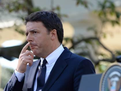 """L'Agcom: """"In tv c'è troppo Renzi e troppo sì al referendum"""""""