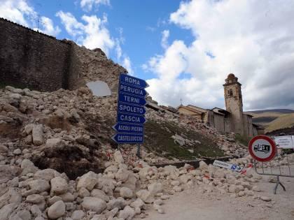 La terra torna a tremare: forte scossa nel Maceratese