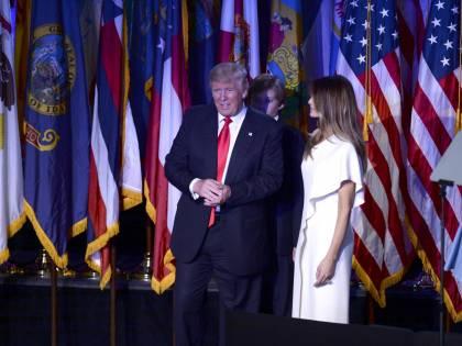 Milly D'Abbraccio e Donald Trump, immagini