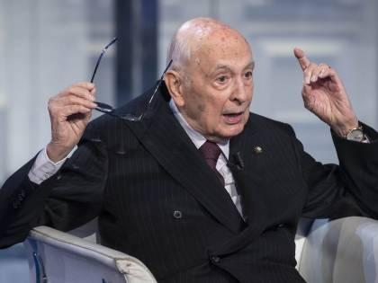 """Referendum, Napolitano fa mea culpa: """"Una sconfitta anche per me"""""""