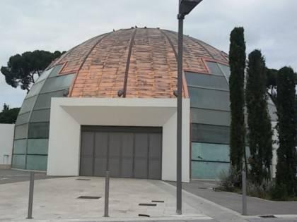 L'auditorium degli sprechi prende fuoco a Roma