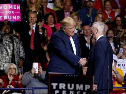 Piani del 'Cane pazzo' di Trump per sciogliere il patto con l'Iran
