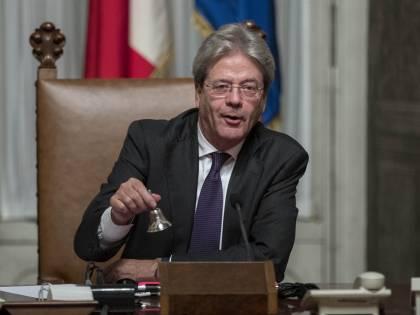 """G20, Gentiloni su Renzi: """"Ragionevole aiutare i migranti a casa loro"""""""