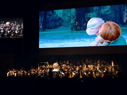"""""""Babbo Natale non esiste"""": bufera sul direttore d'orchestra"""
