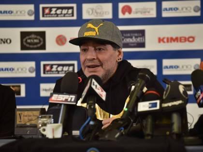 Maradona scatenato: nel mirino del Pibe de Oro Higuain, Blatter e Platini