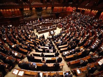 "Francia, Pd: ""Di Maio dissennato, Moavero venga in Aula"""