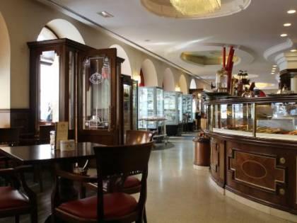 E per fare un salto indietro nel tempo basta andare a Trieste a bere il caffè