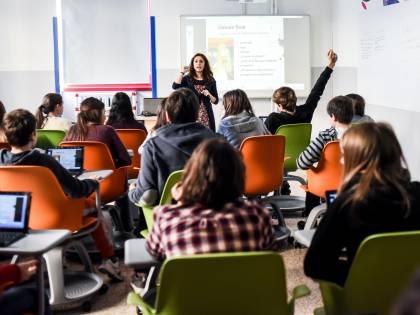 Così i prof insegneranno la teoria gender nelle scuole