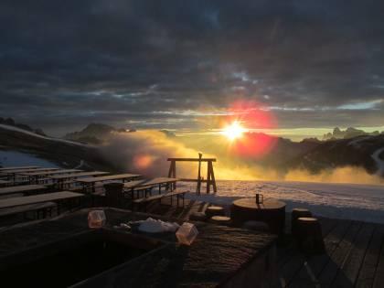 """Alba """"Sunrise"""" sulle Dolomiti all'Alpe Lusia - San Pellegrino"""