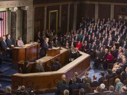 Trump al Congresso: enorme taglio delle tasse e riforma immigrazione basata sul merito